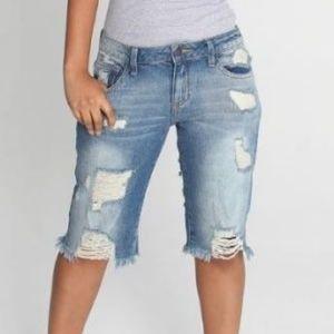 ❣movingSALE❣Hollister - Bermuda Distressed Shorts